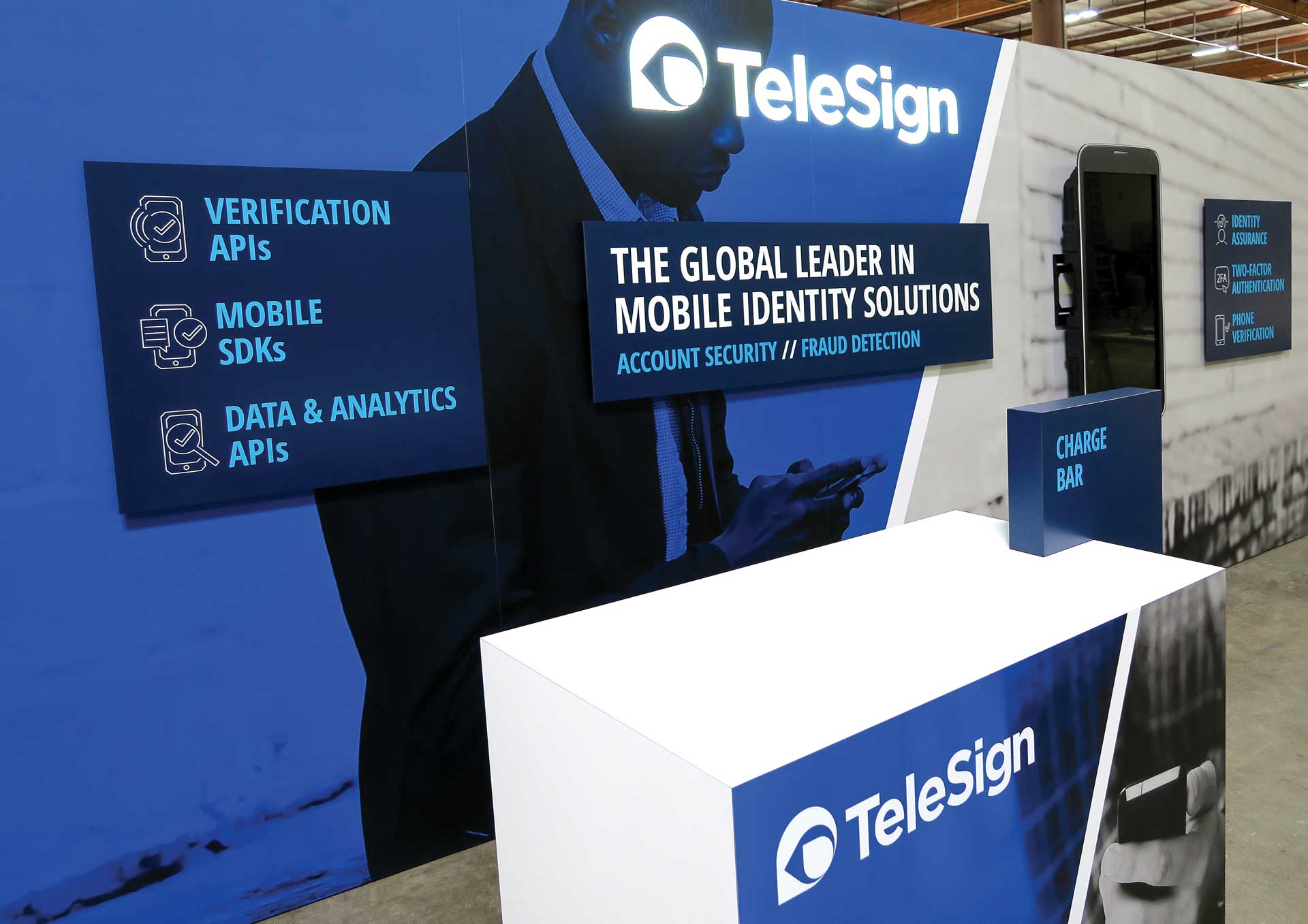 telesign-brand-exhibition-stand-1